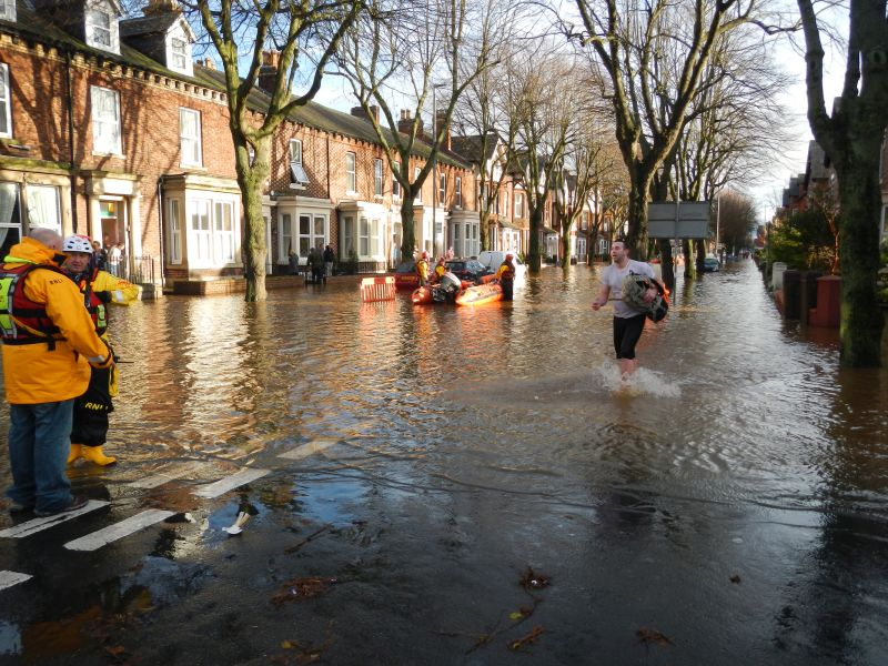 warwick-road-inshore-rescue-craft-carlisle-flood-dec-2015